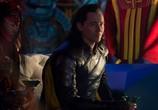 Сцена из фильма Тор: Рагнарёк / Thor: Ragnarök (2017)