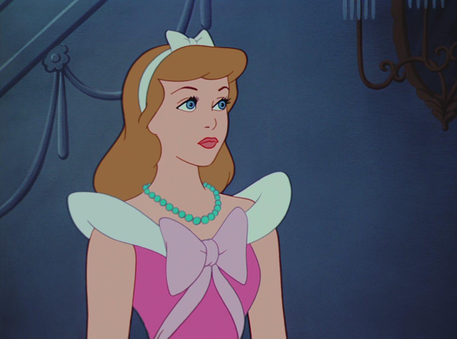 Золушка: трилогия (1950) смотреть онлайн или скачать мультфильм.